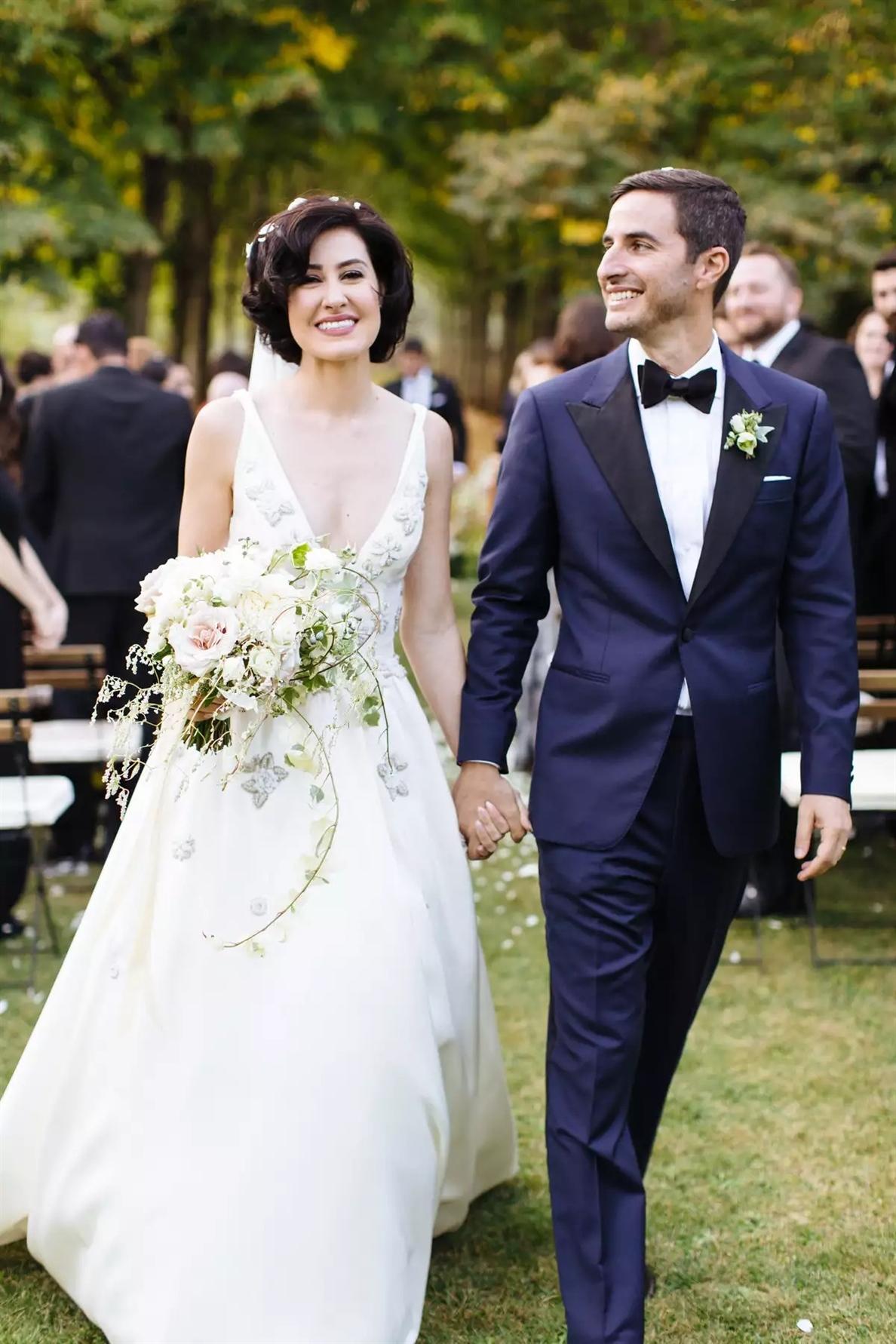 Ein romantischer Ausblick Hochzeitsfrisuren