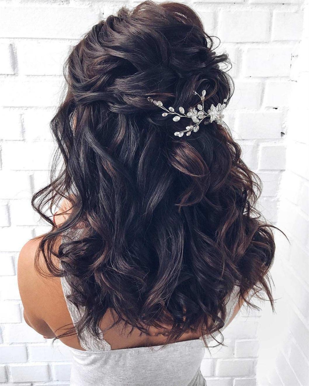 Hochzeitsfrisuren halb hoch halb runter Für mittleres Haar